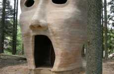 Huge Horrified Heads