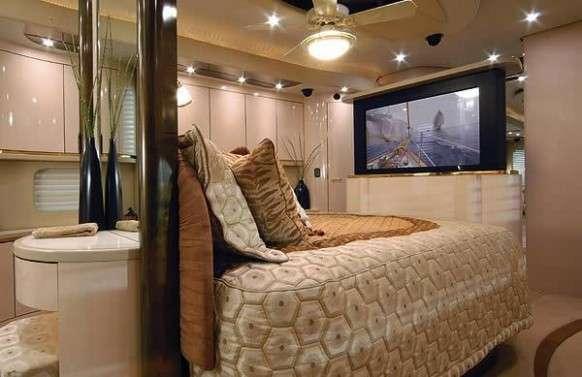 Luxury Motor Homes