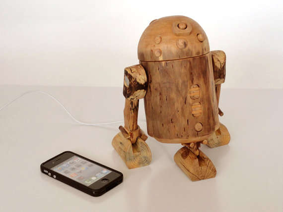 Rustic Robot Tech Acessories