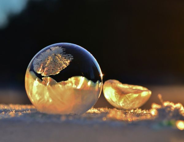 Frigid Bubble Photography