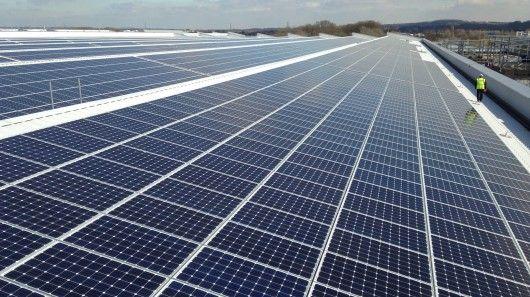 Gigantic Rooftop Solar Panels