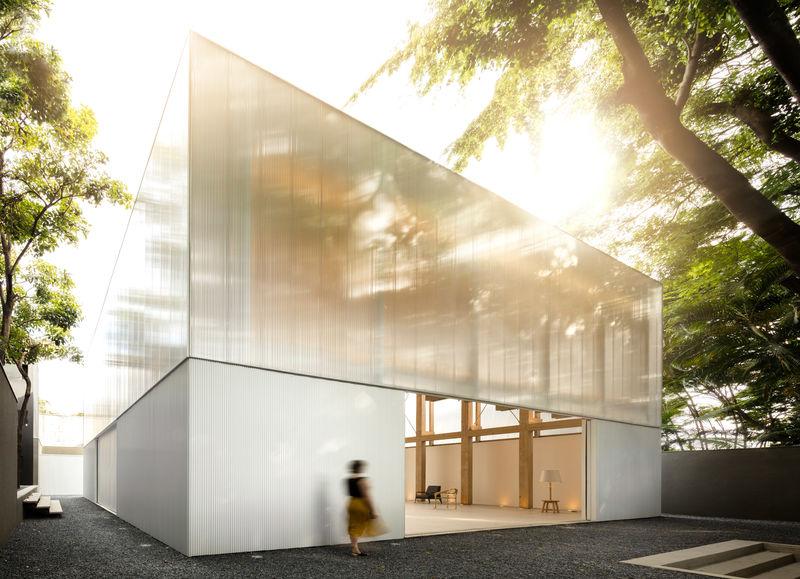 Spacious Furniture-Displaying Pavilions
